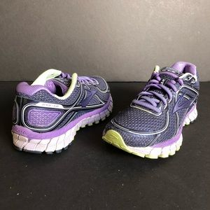 Brooks GTS-16 Adrenaline Running Shoes Size US 6
